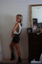 sass & bide skirt - Hanes top - Sirens shoes - socks