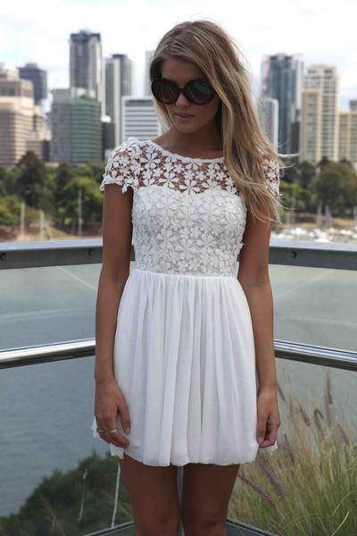 331b74454f7 White Xenia Boutique Dresses
