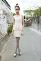 neutral Zara dress - heather gray tights - eggshell Topshop sunglasses