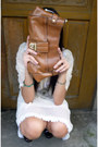 Dark-brown-vintage-shoes-ivory-vintage-dress-tawny-liz-claiborne-bag