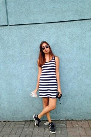 dark brown vintage sunglasses - navy thrifted vintage dress