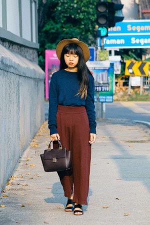 light brown H&M hat - navy High Cultured sweater - dark brown H&M bag