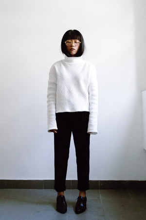 white turtleneck H&M sweater - black oxford Charles & Keith shoes