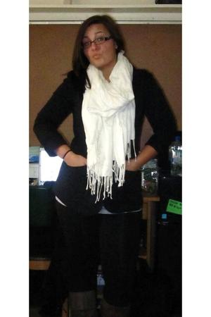 black miley cyrus max azria blazer - white Pier 1 Imports scarf - black Victoria