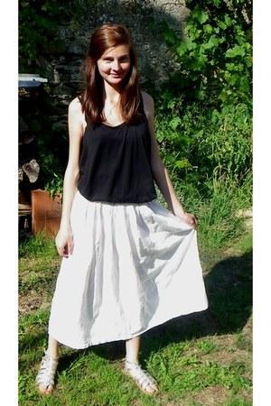 black H&M t-shirt - white vintage skirt - silver Les Tropeziennes sandals