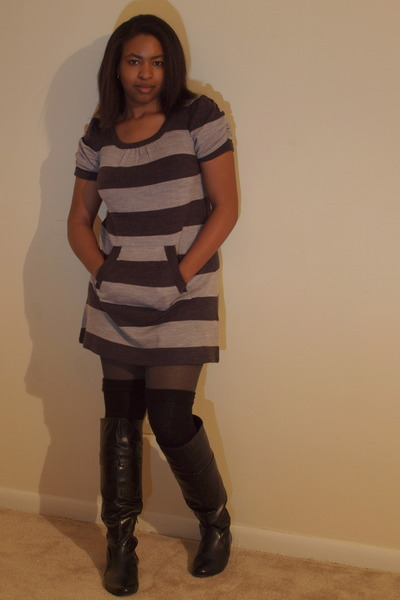 ross Knit Avenue dress - black if carrini boots - charcoal gray tights