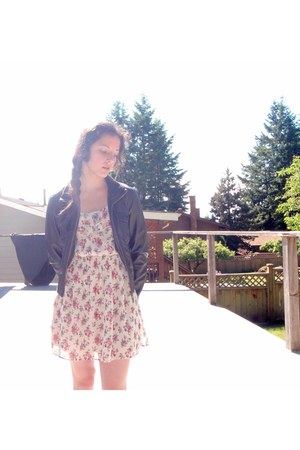 floral Forever 21 dress - leather jacket Guess jacket