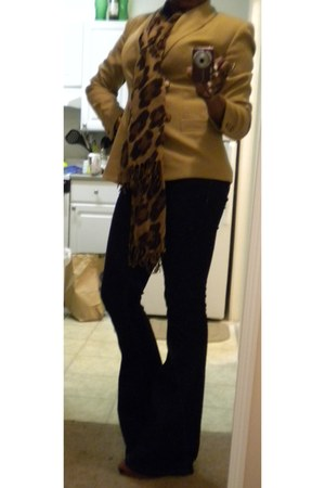 navy Forever 21 jeans - camel thrifted blazer - brown Old Navy scarf