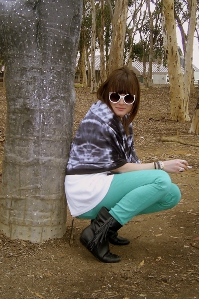 American Apparel scarf - forever 21 pants - vintage boots - forever 21 sunglasse