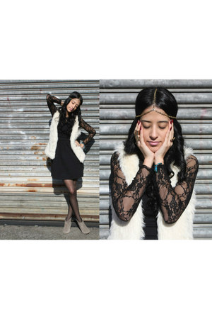 off white faux fur H&M vest - black lace Zara dress