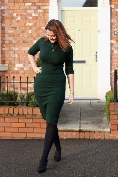 forest green collectif dress - black asos heels