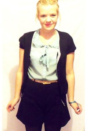 aquamarine Newlook shirt - black warehouse shorts