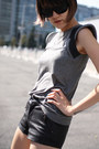 Heather-gray-hanii-y-shirt-black-j-brand-shorts-black-derek-lam-sunglasses