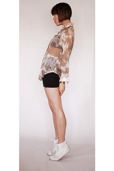 Antipodium blouse - BDG shorts - t by alexander wang bra