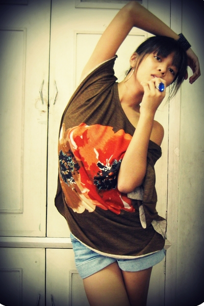 shirt - shorts - accessories
