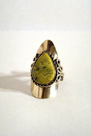 lime green faux stone vintage ring