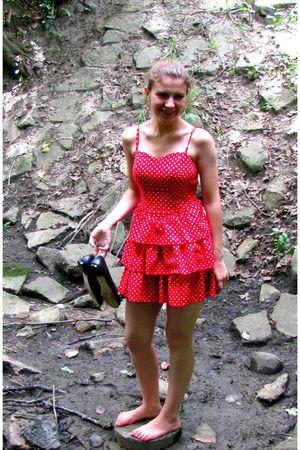 red H&M dress - black Michael Kors shoes