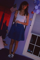 Charlotte Russe vest - H&M skirt - Converse shoes - Hot Topic necklace - accesso