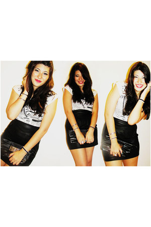 black skirt - white t-shirt - silver bracelet