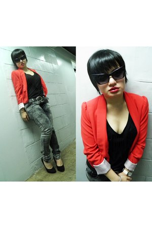 red H&M blazer - black Forever 21 sunglasses - black Dorothy Perkins top - black