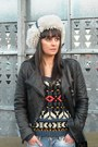 Lodi-boots-adidas-hat-ethnic-only-sweater