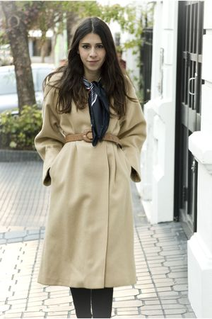 beige vintage coat - black Aldo shoes