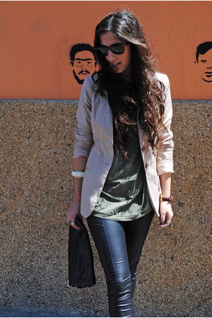 black leather Topshop leggings - light pink Zara blazer - dark khaki H&M t-shirt
