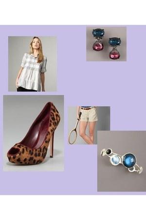 blue Ippolita bracelet - beige Tommy Hilfiger shorts - white Burberry blouse