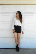 Sincerely Sweet Boutique blouse - Eris shorts
