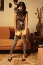Old Navy shirt - chocolate necklace - dept store shorts - I forgot leggings
