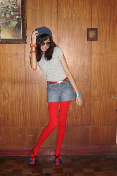 Baguio souvenir shop hat - vintage top - Gap Kids shorts - tights