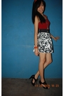 Red-top-white-skirt-black-shoes