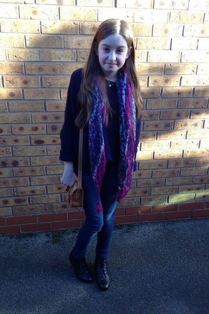 navy River Island jeans - black new look boots - navy M&S jumper