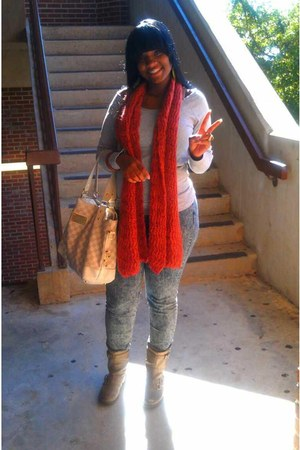 burnt orange scarf - beige boots - jeans - sweatshirt