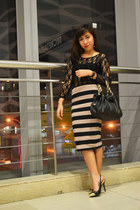 light brown pencil striped cotton on skirt - black gold tip Forever 21 heels