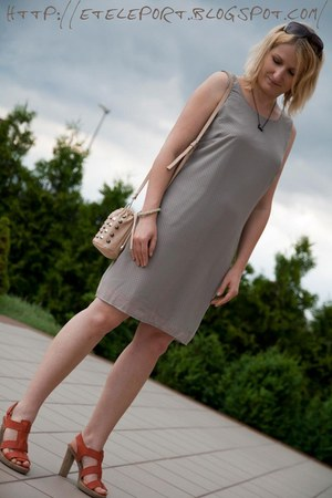 periwinkle Vila dress