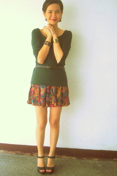 floral tennis Jaciendera skirt - Jellybean shoes - moss green Zara top