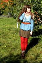blue shirt - brown thrifted skirt - brown seychelles boots - red HUE tights - wh