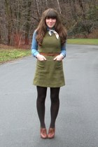 brown blimey oxfords seychelles shoes - sky blue chambray shirt - dark brown HUE