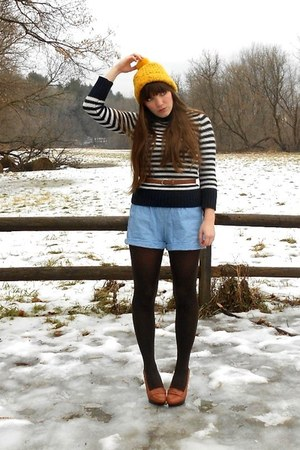 gold pompom nike hat - navy striped American Eagle sweater