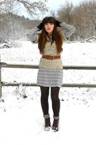 black banana republic dress - dark brown cheerio seychelles boots