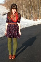 brown blimey oxfords seychelles shoes - navy floral Forever 21 dress - green Gap