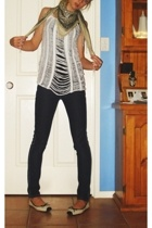 Dotti scarf - lee riders jeans - target top