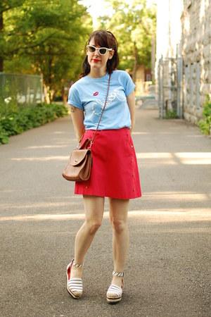 tawny vintage Coach purse - white vintage sunglasses - red vintage skirt