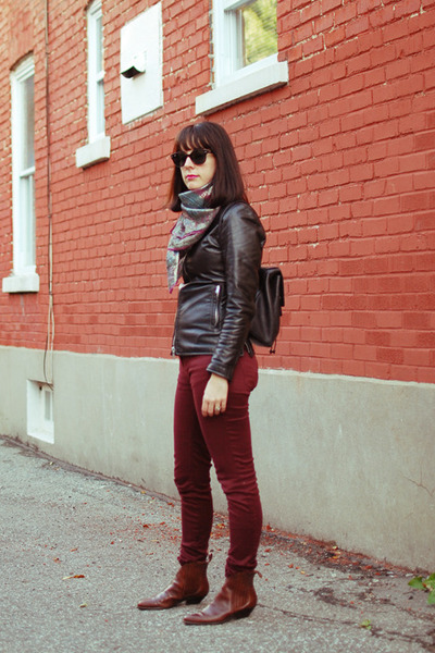 black leather jacket vintage jacket - brown vintage boots - maroon Zara jeans