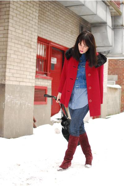 maroon vintage boots - crimson vintage coat - navy Levis jeans