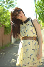 Light-yellow-sheinside-dress-black-vintage-bag