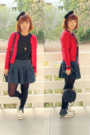 red knitted cardigan - blue shirt - black tights - black t-shirt