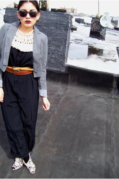 black Forever 21 suit - brown vintage belt - gray Forever 21 shoes - beige neck