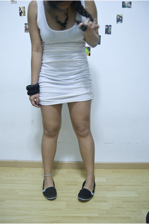 white supre dress - black Topshop shoes - black diva bracelet - black Topshop ne